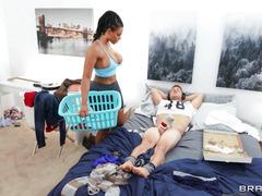 Halle Hayes Came To Her Roommate Van Wylde