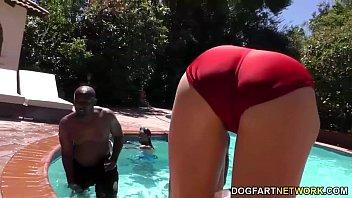 Swim Instructor Dahlia Sky Sucks Many Black Cocks