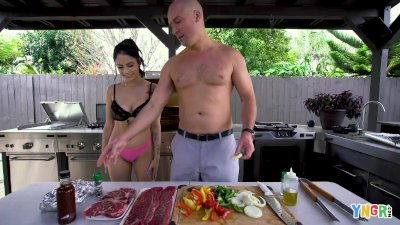 YNGR   Hot Melody Foxx Banged During The BBQ