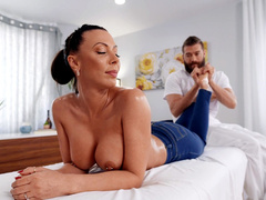 ► Leave My Jeans On With Rachel Starr And Xander Corvus   Brazzers HD