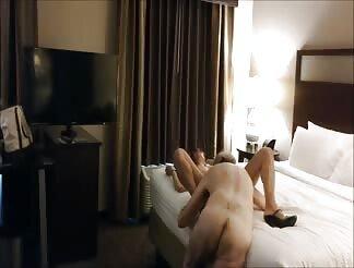 Horny Wife Enjoys Erotic Pussy Licking
