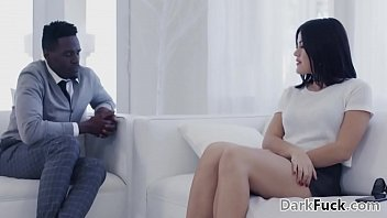 Kendra Spade Attracted To Her Big Cocked Black Therapist